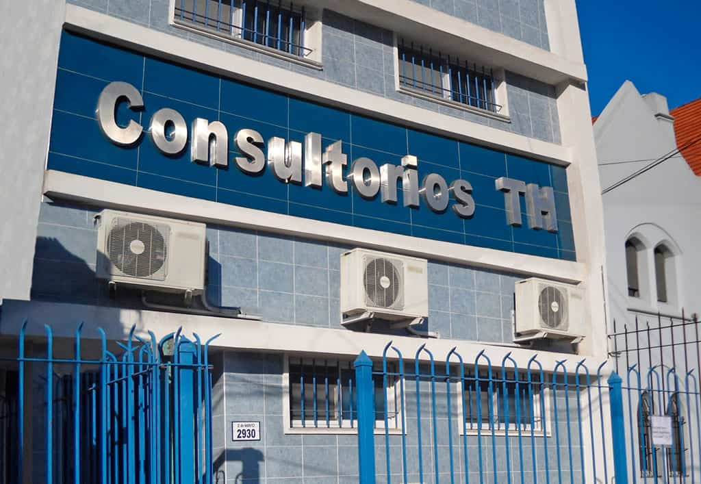 Consultorios habilitados con todos los servicios